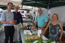 2017 Republican Candidate Ron Hendrickson and Denis Schreiber Chat with Farmer's Market Regulars Tony and Lucia Vacchiano